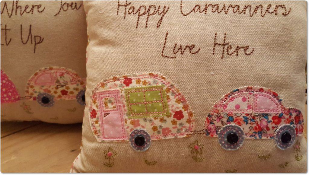 patchwork-camper-van-camping-caravan-cushion-vintage-floral-chic-shabby-pink-[2]-66-p